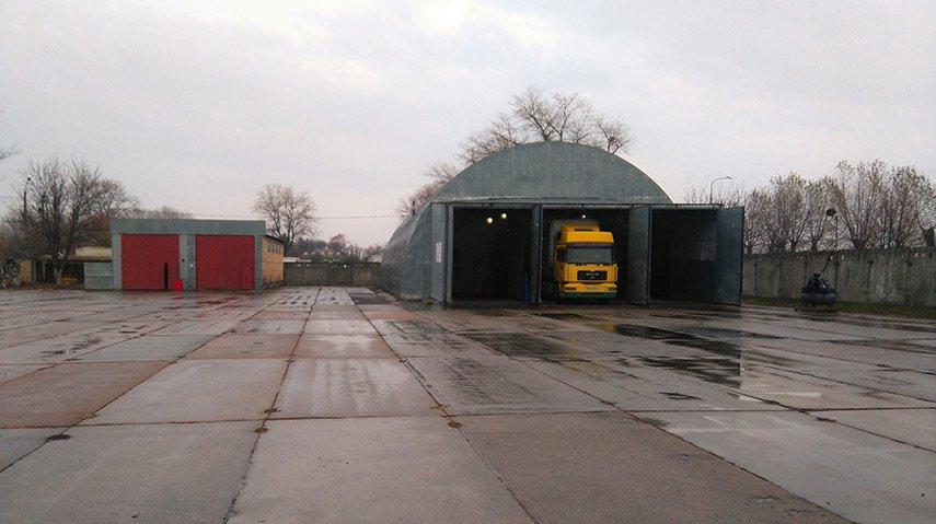 Стоянка грузовых авто Киев